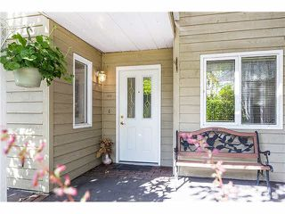 "Photo 7: 106 1513 BOWSER Avenue in North Vancouver: Norgate Condo for sale in ""ILLAHEE"" : MLS®# V1088315"