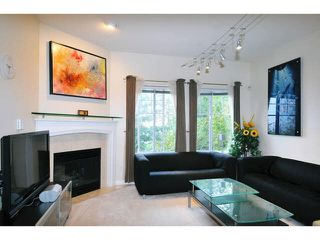"Photo 6: 84 2979 PANORAMA Drive in Coquitlam: Westwood Plateau Townhouse for sale in ""DEERCREST"" : MLS®# V1090309"