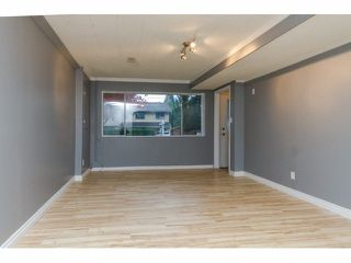 Photo 13: 34662 IMMEL Street in Abbotsford: Abbotsford East House 1/2 Duplex for sale : MLS®# F1426114