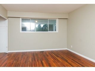Photo 10: 34662 IMMEL Street in Abbotsford: Abbotsford East House 1/2 Duplex for sale : MLS®# F1426114