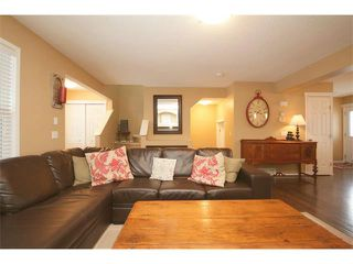 Photo 7: 34 SUNSET Heights: Cochrane House for sale : MLS®# C3652697