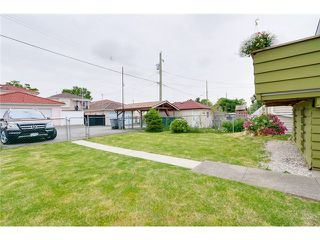 Photo 19: 1942 E 49TH Avenue in Vancouver: Killarney VE House for sale (Vancouver East)  : MLS®# V1119694