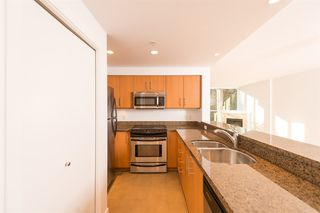 "Photo 10: 206 189 NATIONAL Avenue in Vancouver: Mount Pleasant VE Condo for sale in ""THE SUSSEX"" (Vancouver East)  : MLS®# R2018042"