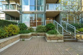 "Photo 19: 206 189 NATIONAL Avenue in Vancouver: Mount Pleasant VE Condo for sale in ""THE SUSSEX"" (Vancouver East)  : MLS®# R2018042"