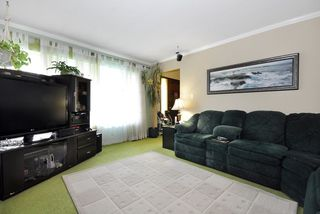 Photo 3: 2298 IMPERIAL Street in Abbotsford: Abbotsford West House for sale : MLS®# R2043924
