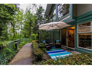 "Photo 1: 2 65 FOXWOOD Drive in Port Moody: Heritage Mountain Townhouse for sale in ""FOREST HILL"" : MLS®# R2060866"