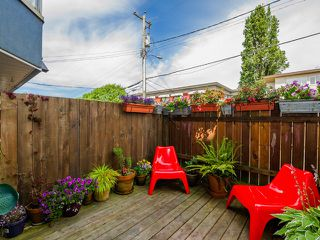 Photo 2: 104 2333 ETON Street in Vancouver: Hastings Condo for sale (Vancouver East)  : MLS®# R2083404