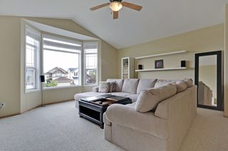 Photo 10: 8 Cougarstone Cove SW in Calgary: House for sale : MLS®# C3622619