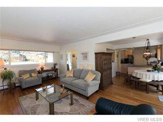 Photo 12: 1685 Yale St in VICTORIA: OB North Oak Bay Single Family Detached for sale (Oak Bay)  : MLS®# 743768