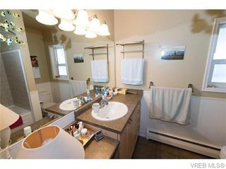Photo 15: 1685 Yale St in VICTORIA: OB North Oak Bay Single Family Detached for sale (Oak Bay)  : MLS®# 743768