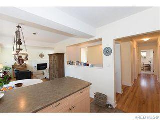 Photo 6: 1685 Yale St in VICTORIA: OB North Oak Bay Single Family Detached for sale (Oak Bay)  : MLS®# 743768