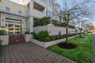 """Main Photo: 315 20680 56 Avenue in Langley: Langley City Condo for sale in """"CASSOLA COURT"""" : MLS®# R2121019"""