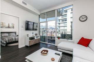 Photo 3: 1707 111 E 1ST AVENUE in Vancouver: Mount Pleasant VE Condo for sale (Vancouver East)  : MLS®# R2151070