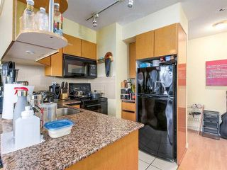 "Photo 3: 2308 1189 HOWE Street in Vancouver: Downtown VW Condo for sale in ""THE GENESIS"" (Vancouver West)  : MLS®# R2169392"