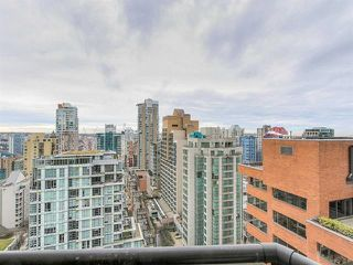 "Photo 11: 2308 1189 HOWE Street in Vancouver: Downtown VW Condo for sale in ""THE GENESIS"" (Vancouver West)  : MLS®# R2169392"