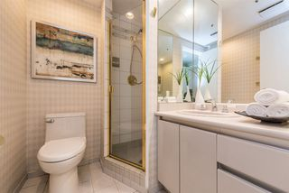 "Photo 14: 401 1006 BEACH Avenue in Vancouver: Yaletown Condo for sale in ""1000 BEACH"" (Vancouver West)  : MLS®# R2181745"