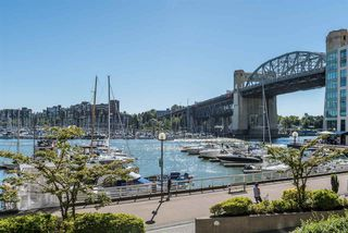 "Photo 19: 401 1006 BEACH Avenue in Vancouver: Yaletown Condo for sale in ""1000 BEACH"" (Vancouver West)  : MLS®# R2181745"