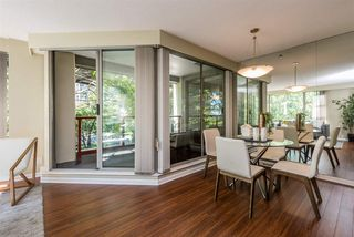 "Photo 6: 401 1006 BEACH Avenue in Vancouver: Yaletown Condo for sale in ""1000 BEACH"" (Vancouver West)  : MLS®# R2181745"