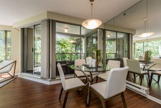 "Photo 9: 401 1006 BEACH Avenue in Vancouver: Yaletown Condo for sale in ""1000 BEACH"" (Vancouver West)  : MLS®# R2181745"