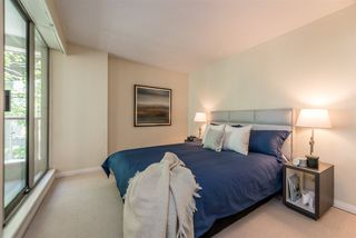 "Photo 13: 401 1006 BEACH Avenue in Vancouver: Yaletown Condo for sale in ""1000 BEACH"" (Vancouver West)  : MLS®# R2181745"