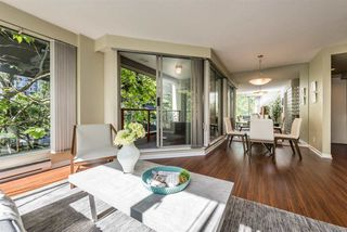 "Photo 4: 401 1006 BEACH Avenue in Vancouver: Yaletown Condo for sale in ""1000 BEACH"" (Vancouver West)  : MLS®# R2181745"