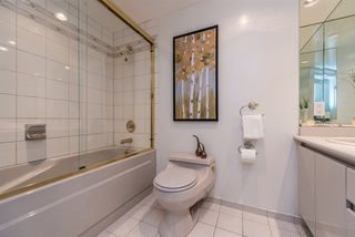 "Photo 12: 401 1006 BEACH Avenue in Vancouver: Yaletown Condo for sale in ""1000 BEACH"" (Vancouver West)  : MLS®# R2181745"