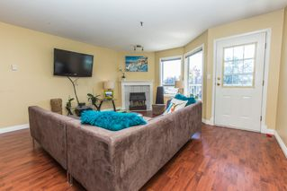 "Photo 3: 306 5710 201 Street in Langley: Langley City Condo for sale in ""White Oaks"" : MLS®# R2183775"