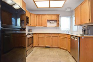 """Photo 5: 8784 212 Street in Langley: Walnut Grove House for sale in """"Forest Hills"""" : MLS®# R2185000"""