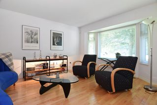 """Photo 2: 8784 212 Street in Langley: Walnut Grove House for sale in """"Forest Hills"""" : MLS®# R2185000"""
