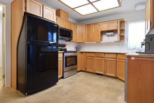 """Photo 6: 8784 212 Street in Langley: Walnut Grove House for sale in """"Forest Hills"""" : MLS®# R2185000"""