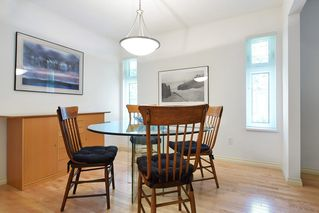 """Photo 4: 8784 212 Street in Langley: Walnut Grove House for sale in """"Forest Hills"""" : MLS®# R2185000"""
