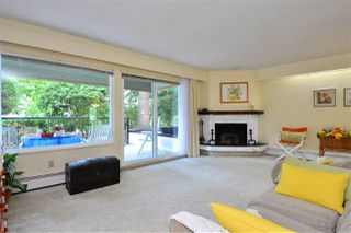 """Photo 4: 106 1351 MARTIN Street: White Rock Condo for sale in """"The Dogwood"""" (South Surrey White Rock)  : MLS®# R2186058"""