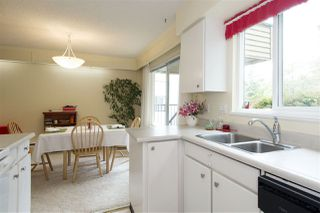 """Photo 12: 106 1351 MARTIN Street: White Rock Condo for sale in """"The Dogwood"""" (South Surrey White Rock)  : MLS®# R2186058"""