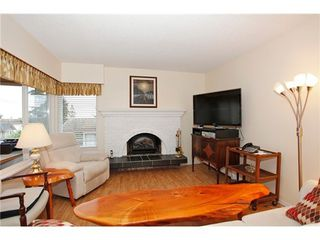 Photo 5: 302 1390 MARTIN Street in South Surrey White Rock: Home for sale : MLS®# F1427952