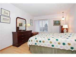 Photo 9: 302 1390 MARTIN Street in South Surrey White Rock: Home for sale : MLS®# F1427952