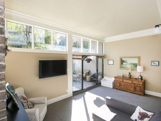 "Photo 3: 105 5622 16 Avenue in Delta: Beach Grove Townhouse for sale in ""Tsawwassen Mews"" (Tsawwassen)  : MLS®# R2211198"