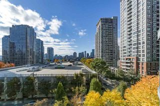 "Photo 14: 401 888 HAMILTON Street in Vancouver: Downtown VW Condo for sale in ""ROSEDALE GARDEN"" (Vancouver West)  : MLS®# R2215482"