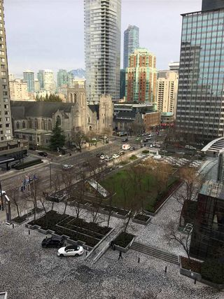 """Photo 5: 1105 1050 BURRARD Street in Vancouver: Downtown VW Condo for sale in """"The Residence At Wall Center"""" (Vancouver West)  : MLS®# R2229947"""