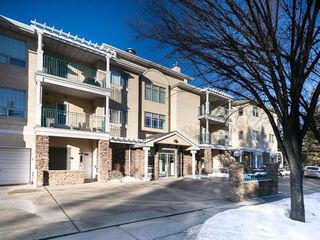 Photo 2: 313 9449 19 Street SW in Calgary: Palliser Condo for sale : MLS®# C4162789