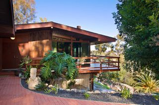 Photo 2: MOUNT HELIX House for sale : 5 bedrooms : 10088 Sierra Vista Ave. in La Mesa