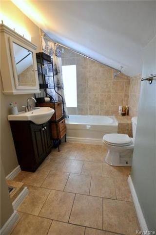 Photo 14: 230 Albany Street in Winnipeg: Bruce Park Residential for sale (5E)  : MLS®# 1802882