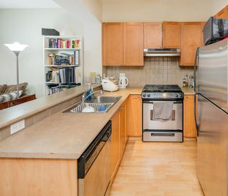 Photo 4: 310 2280 WESBROOK Mall in Vancouver: University VW Condo for sale (Vancouver West)  : MLS®# R2248108