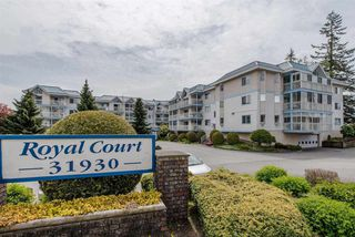 "Photo 1: 106 31930 OLD YALE Road in Abbotsford: Abbotsford West Condo for sale in ""ROYAL COURT"" : MLS®# R2254080"