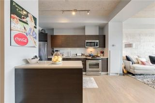 Photo 8: 318 King St E Unit #702 in Toronto: Moss Park Condo for sale (Toronto C08)  : MLS®# C4092267