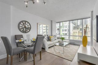 """Photo 3: 405 1088 RICHARDS Street in Vancouver: Yaletown Condo for sale in """"RICHARDS LIVING"""" (Vancouver West)  : MLS®# R2261432"""