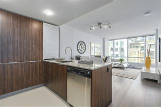 """Photo 2: 405 1088 RICHARDS Street in Vancouver: Yaletown Condo for sale in """"RICHARDS LIVING"""" (Vancouver West)  : MLS®# R2261432"""