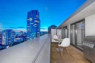 """Photo 5: 2307 938 SMITHE Street in Vancouver: Downtown VW Condo for sale in """"ELECTRIC AVENUE"""" (Vancouver West)  : MLS®# R2281369"""