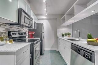 """Photo 4: 2307 938 SMITHE Street in Vancouver: Downtown VW Condo for sale in """"ELECTRIC AVENUE"""" (Vancouver West)  : MLS®# R2281369"""