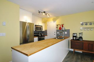 "Photo 7: 49 12099 237 Street in Maple Ridge: East Central Townhouse for sale in ""GABRIOLA"" : MLS®# R2294353"