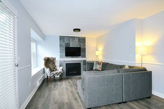 "Photo 3: 49 12099 237 Street in Maple Ridge: East Central Townhouse for sale in ""GABRIOLA"" : MLS®# R2294353"